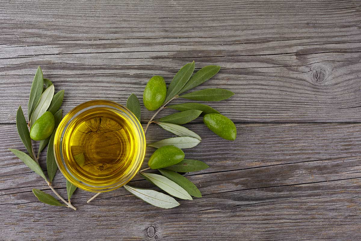 natural immunity boost with high phenolic olive oil