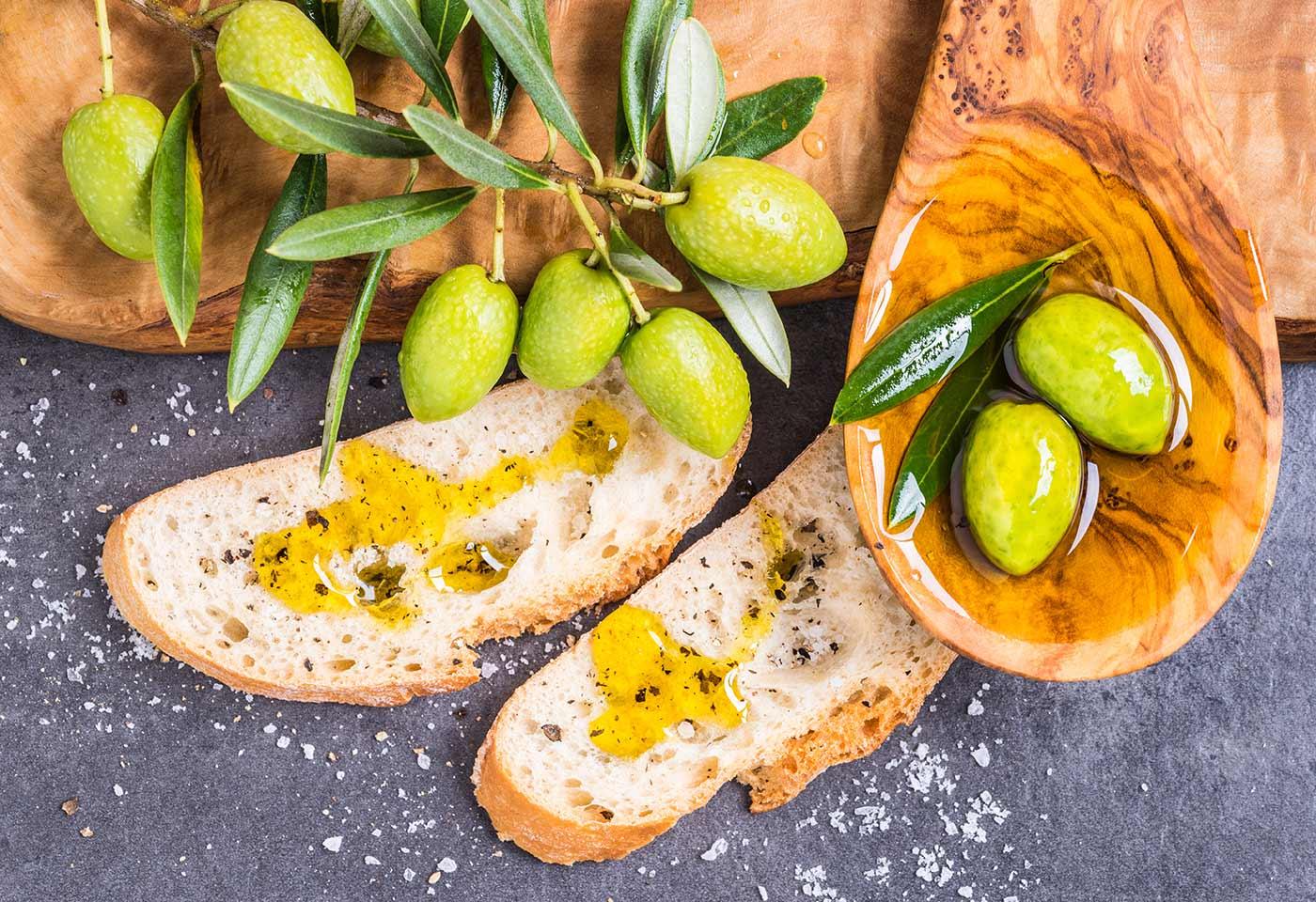 olive oil rich in oleocanthal